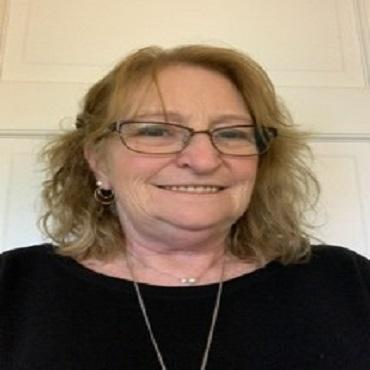Dr Erica Edfort