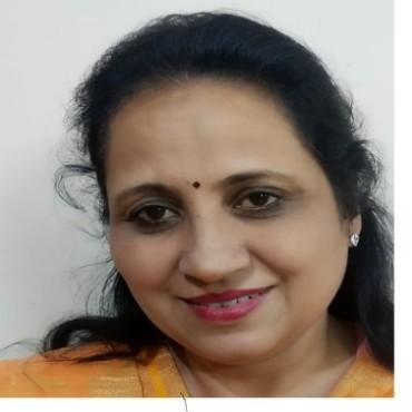 Dr Renu Nayar